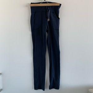 Lululemon midnight blue pants